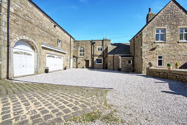 Courtyard.Png of Springbank, Greens Arms Road, Turton, Bolton BL7