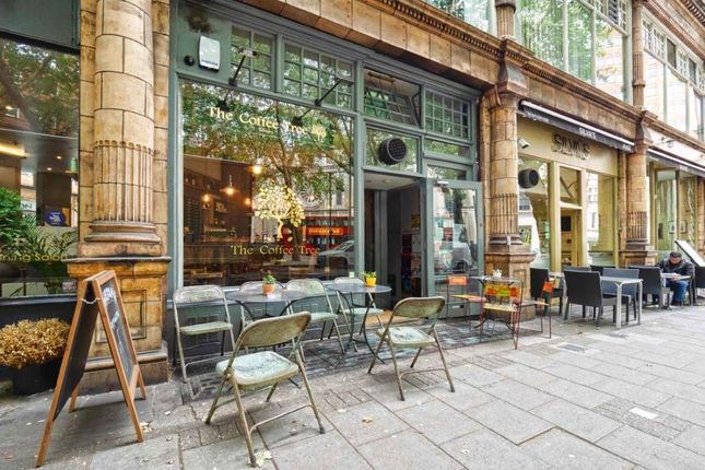 Thumbnail Restaurant/cafe for sale in Shaftesbury Avenue, London