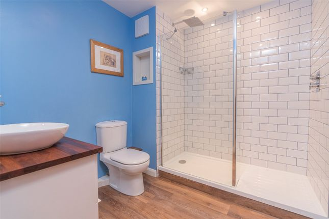 Shower Room of Iona Street Lane, Edinburgh EH6