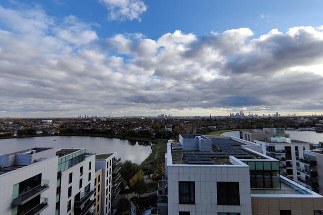 Thumbnail Flat for sale in Devan Grove, London