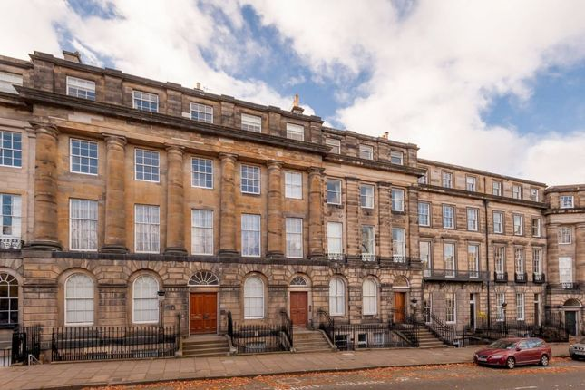 Thumbnail Flat for sale in 28 (1F) Moray Place, Edinburgh