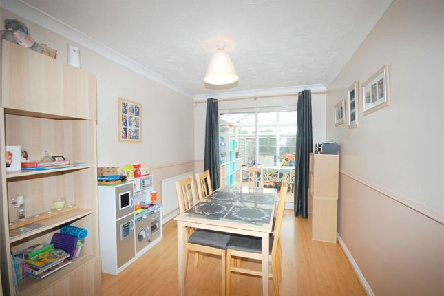 Rooms To Rent Wootton Northamptonshire