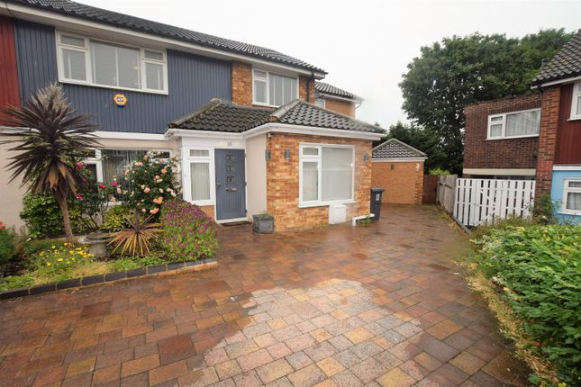 Thumbnail Semi-detached house to rent in Broad Oak, Woodford Green