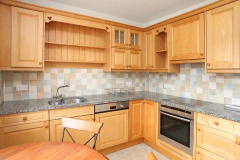 Thumbnail Flat to rent in 14 West Street, Tavistock, Devon