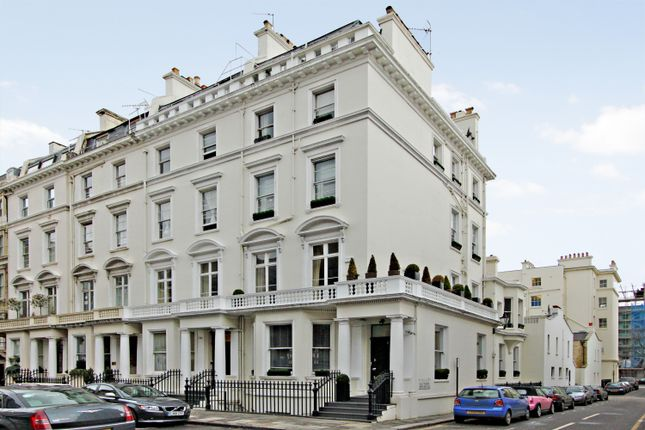 Thumbnail End terrace house to rent in Queensberry Place, South Kensington, London