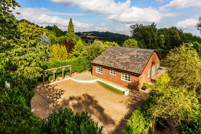 Thumbnail Detached house for sale in Scords Lane, Toys Hill