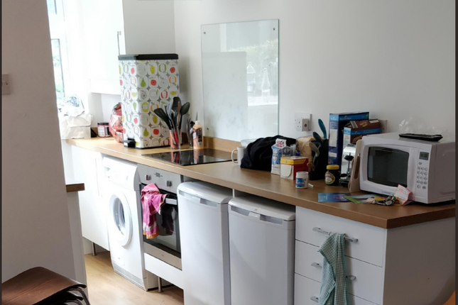 Thumbnail Terraced house to rent in St Thomas Road, Sheffield