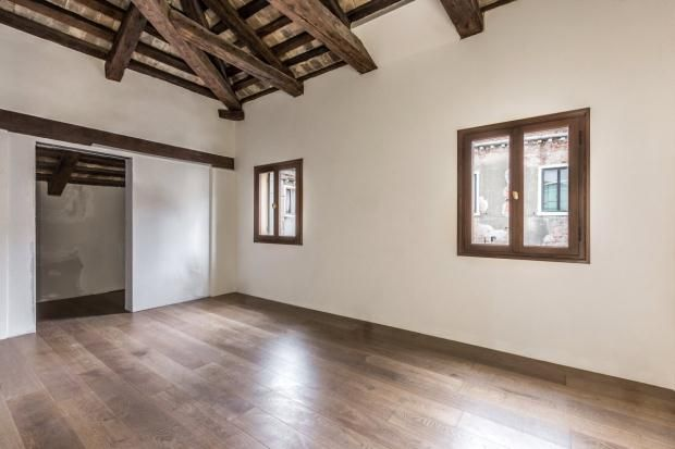 Thumbnail Apartment for sale in Strolego, Palazzo Vendramin, Cannaregio, Venice, Veneto