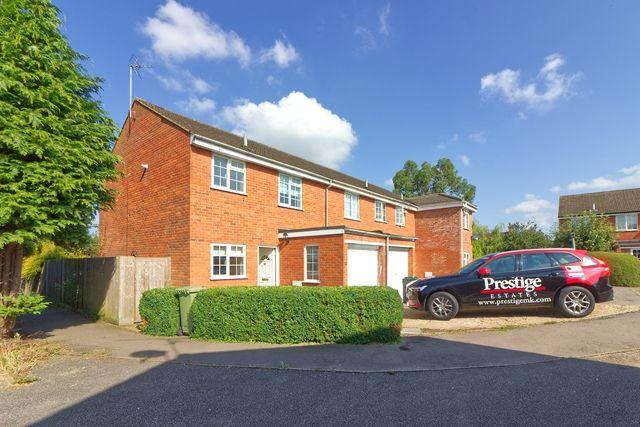 3 bed semi-detached house to rent in Stuart Close, Bletchley, Milton Keynes MK2