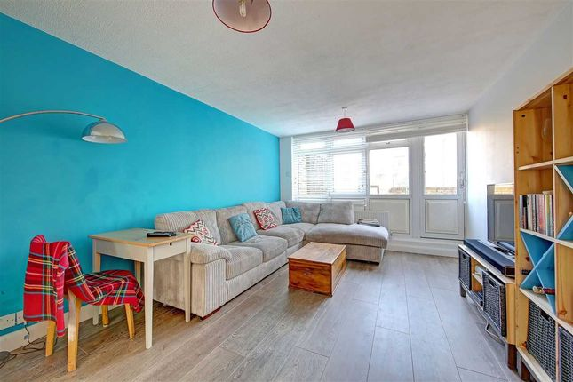 Thumbnail Flat for sale in Fitzgerald House, Stockwell Park Road, Brixton