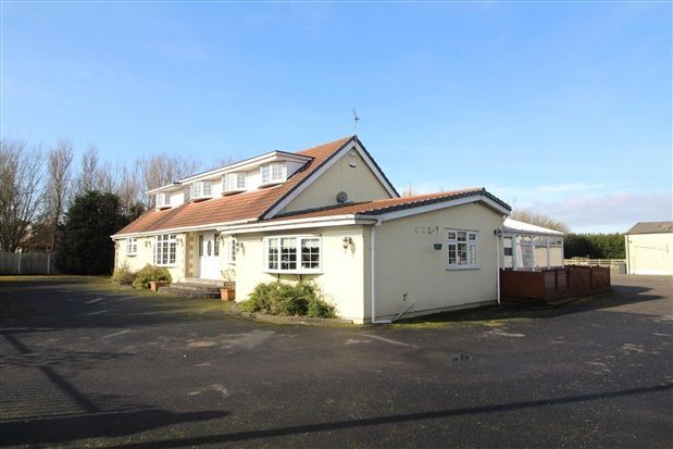 Thumbnail Property for sale in School Road, Blackpool