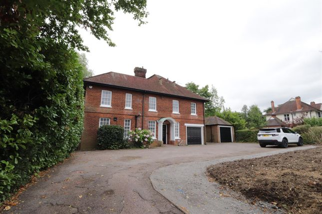 Thumbnail Detached house to rent in Priests Lane, Shenfield, Brentwood