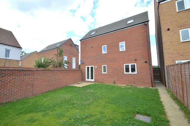 4 bed detached house to rent in Newport Road, Broughton, Milton Keynes