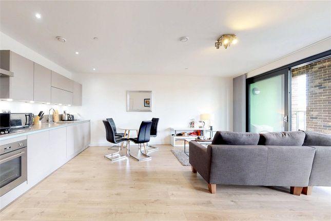 Picture No. 21 of Delancey Apartments, 12 Williamsburg Plaza, London E14
