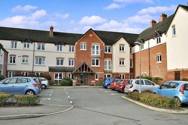 Thumbnail Property for sale in Bradgate Road, Leicester
