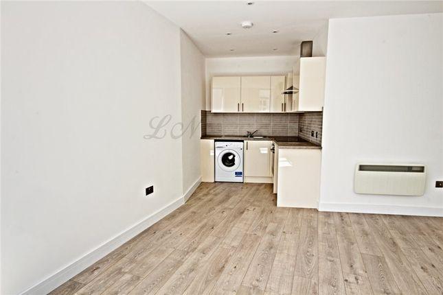 Thumbnail Flat to rent in Market Place, Basingstoke