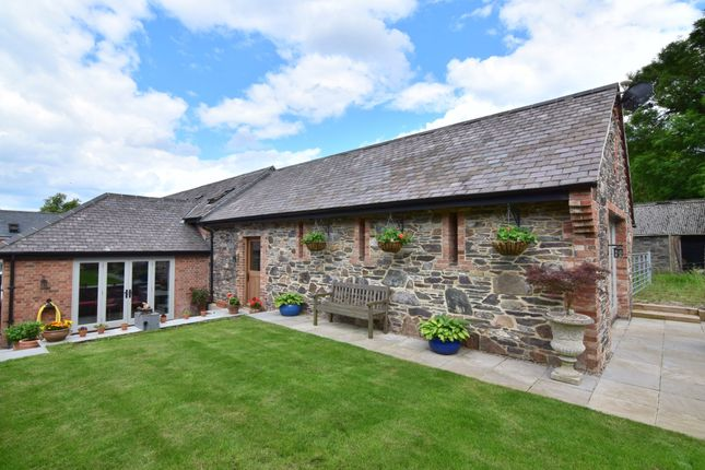 Thumbnail Barn conversion for sale in Green Farm Court, Anstey, Leicester