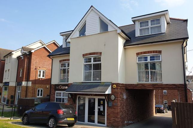 2 bed flat to rent in Mulberry Mews, Botley Road, Southampton SO31