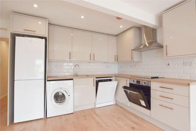 Thumbnail Maisonette to rent in Woodside Green, Woodside, Croydon