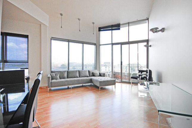 Thumbnail Flat to rent in City Road, City