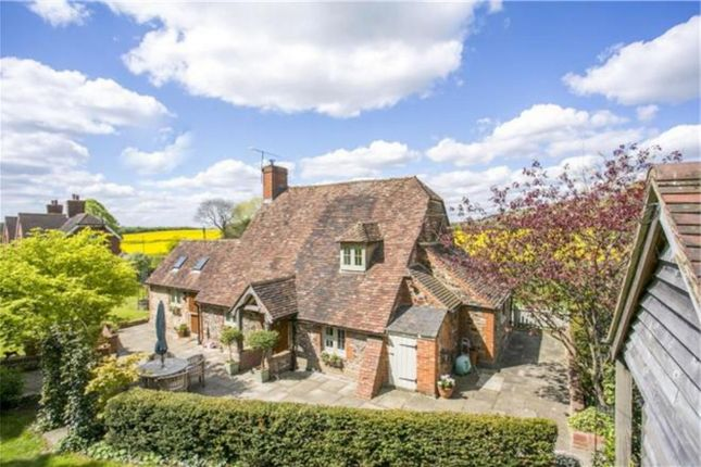 Thumbnail Detached house for sale in Ivy Cottage, Watery Lane, Heaverham, Kemsing, Kent