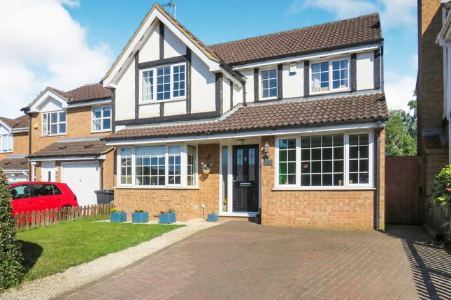Thumbnail Detached house for sale in Marley Fields, Leighton Buzzard