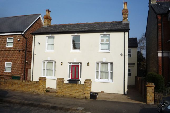 Room to rent in Bulwer Road, New Barnet