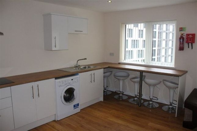 Thumbnail Flat to rent in Vauxhall Road, Liverpool