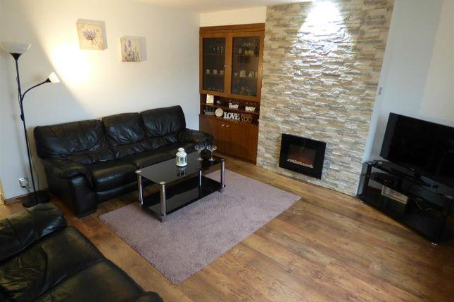 Lounge 1 (Editied)