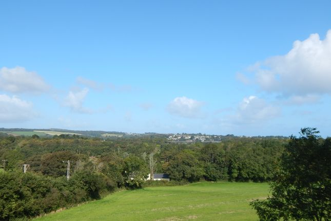 Beautiful Views of School Lane, St. Erth, Hayle TR27