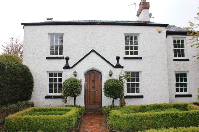Thumbnail Detached house to rent in Hill Top Road, Stockton Heath, Warrington