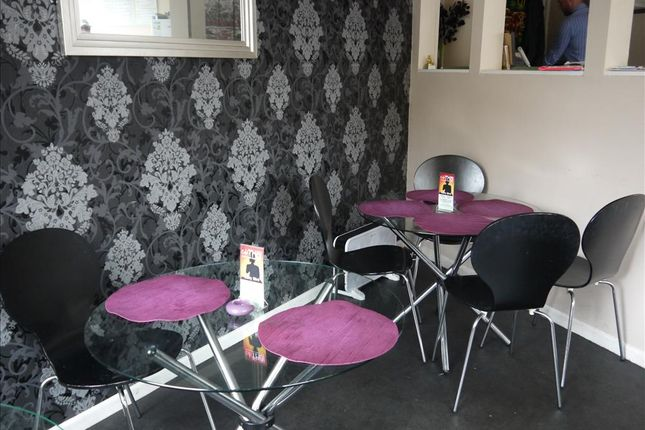 Restaurant/cafe for sale in Cafe & Sandwich Bars HX4, Greetland, West Yorkshire