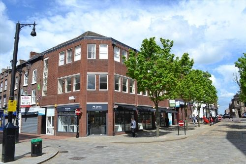Thumbnail Office to let in Market Place, Macclesfield