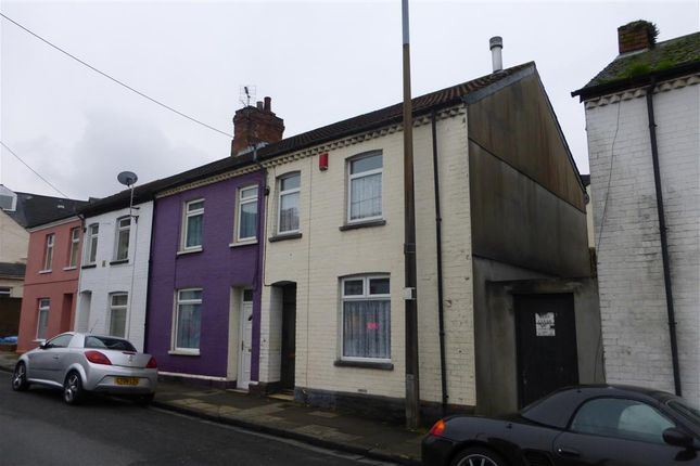 Thumbnail End terrace house to rent in Main Street, Barry