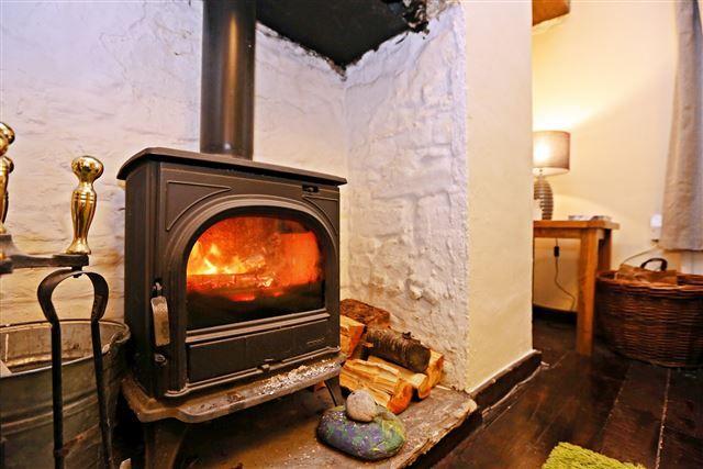 Log Burner of Long Row, Treforest, Pontypridd CF37