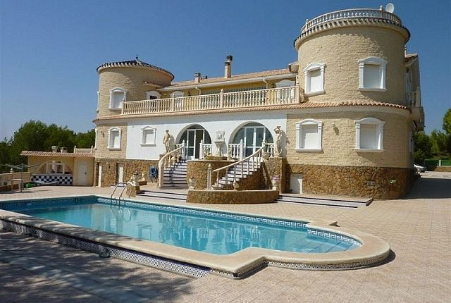 Thumbnail Villa for sale in Pinar De Campoverde, Valencia, Spain