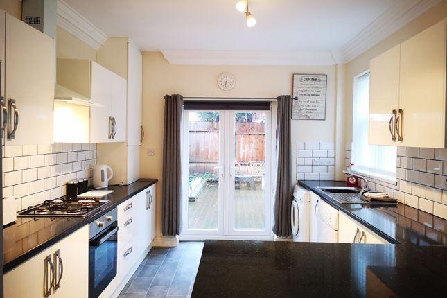 Thumbnail Room to rent in Glencoe Street, Hull