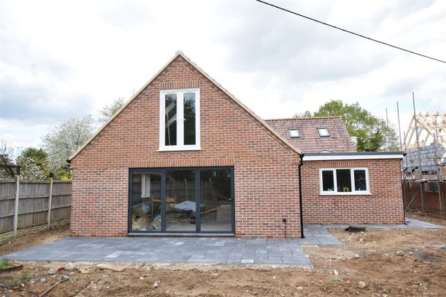 Thumbnail Property for sale in Hargham Road, Shropham, Attleborough