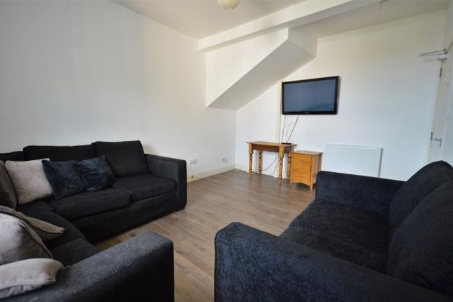 Thumbnail Flat to rent in Nicolson Street, Edinburgh