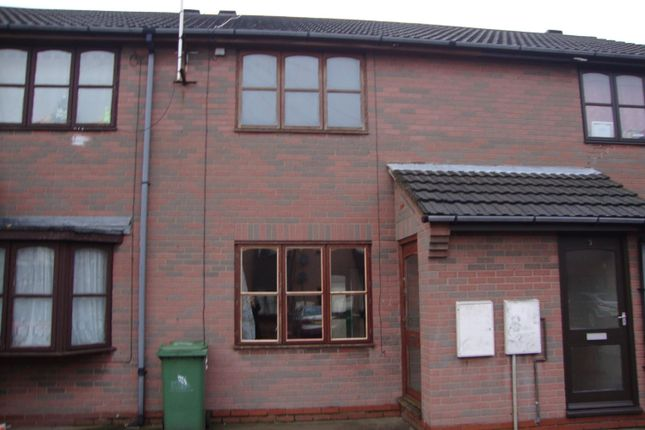 Thumbnail Terraced house to rent in Sidney Court, Cleethorpes, North East Lincolnshire