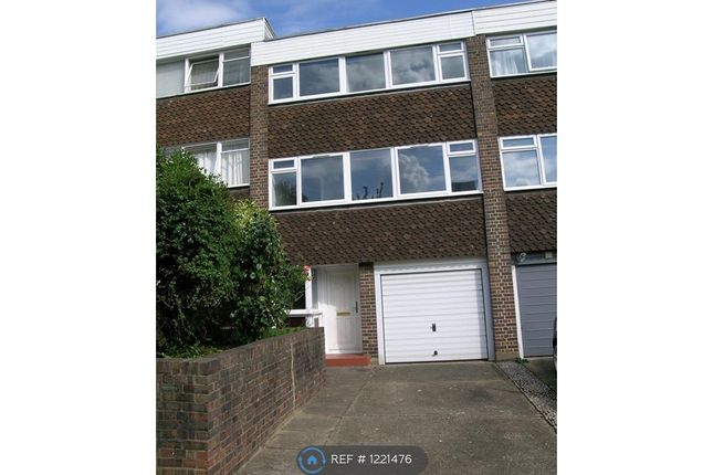Thumbnail Terraced house to rent in Whiteledges, London
