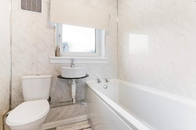 Bathroom of Thornhill Road, Hamilton, South Lanarkshire ML3