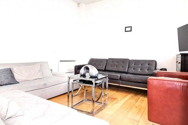 Picture No. 24 of Dereham Place, London EC2A
