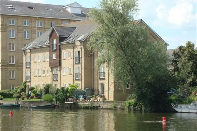 Thumbnail Flat to rent in Enderbys Wharf, London Road, St. Ives, Huntingdon