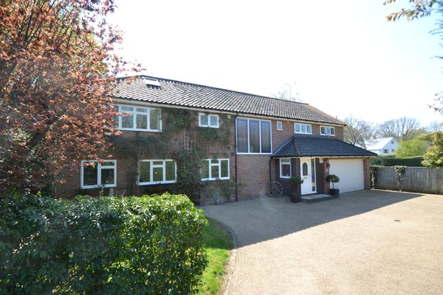 Thumbnail Detached house for sale in Copperkins Grove, Amersham