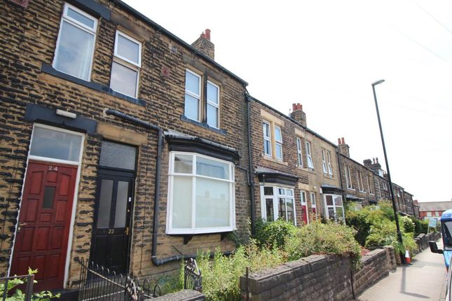 Thumbnail Room to rent in Sunnybank Avenue, Horsforth, Leeds