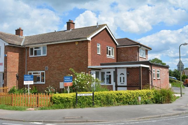 Thumbnail Flat for sale in Vale Avenue, Grove, Wantage