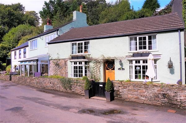 Thumbnail Cottage for sale in St Helena, Graig, Burry Port, Llanelli