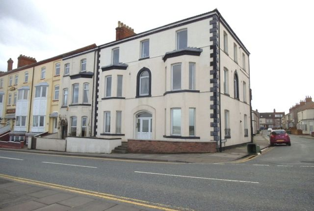 Thumbnail Flat to rent in Eastcliffe, Highcliff Road, Cleethorpes