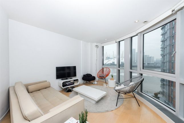 Thumbnail Property to rent in Ontario Tower, 4 Fairmont Avenue, Canary Wharf